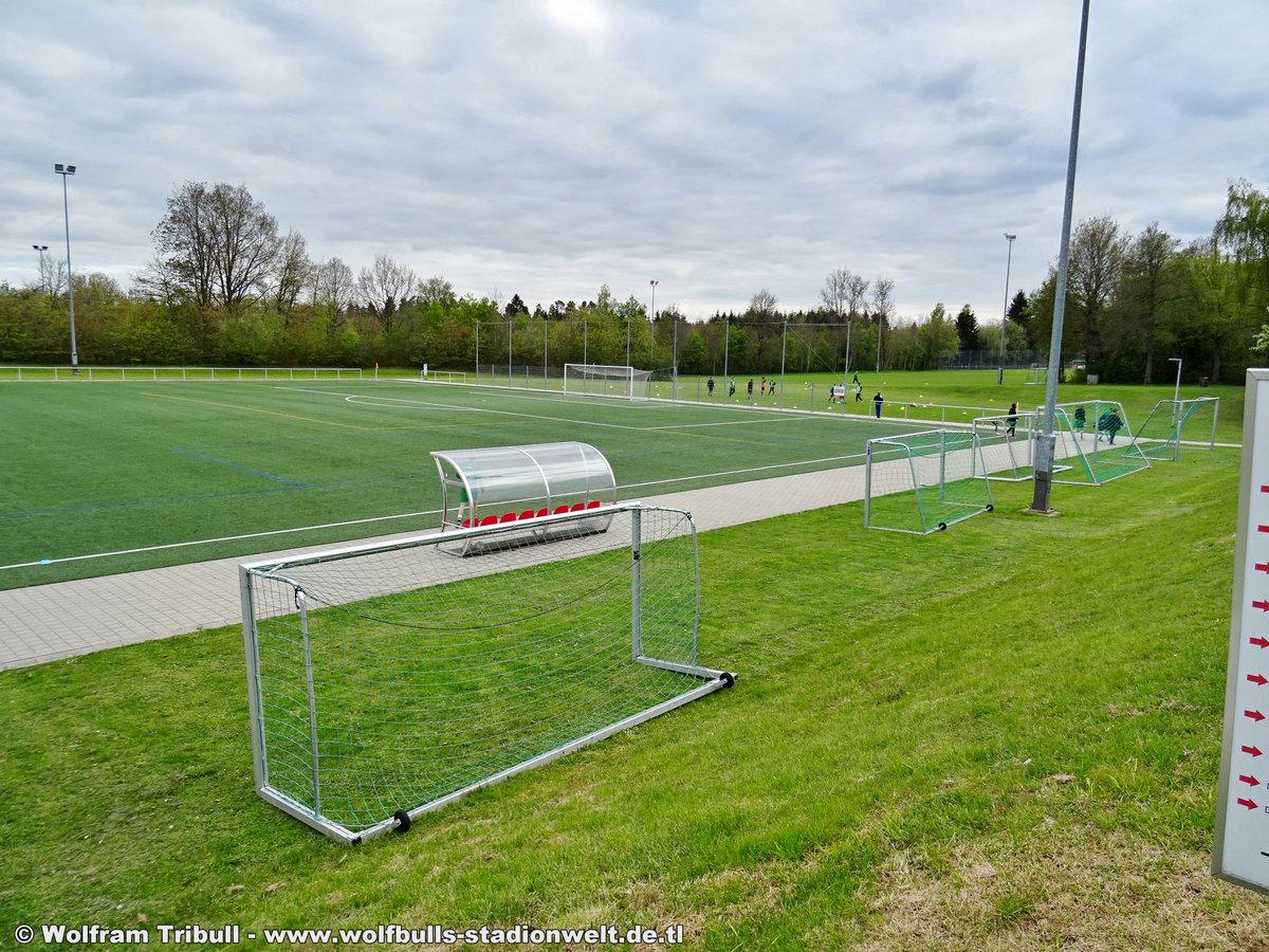 DJK-Stadion im Friedengrund Kunstrasenplatz Villingen aufgenommen am 15. Mai 2019