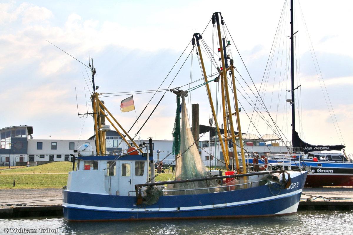 DOR 9 SOLEA aufgenommen am 17. Juli 2018 im Hafen von Dorum-Neufeld