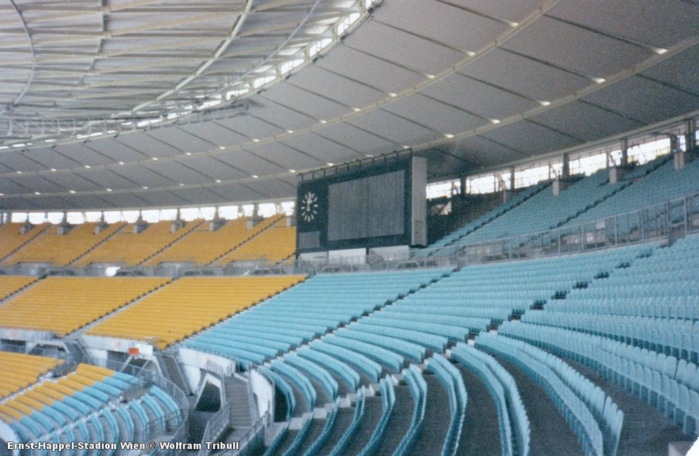 Ernst-Happel-Stadion Wien aufgenommen 1995