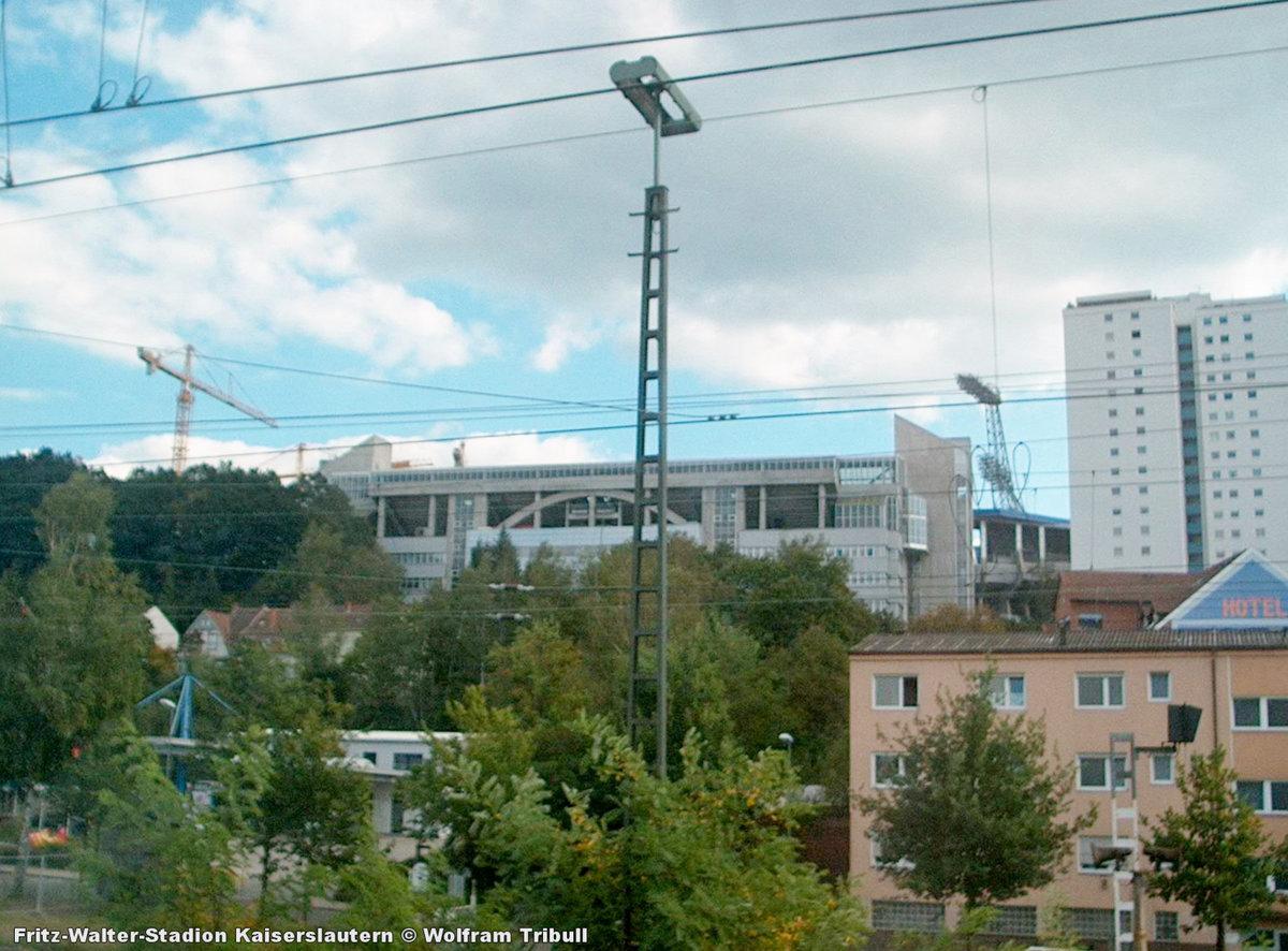 Fritz-Walter Stadion Kaiserslautern aufgenommen am 14. September 2002