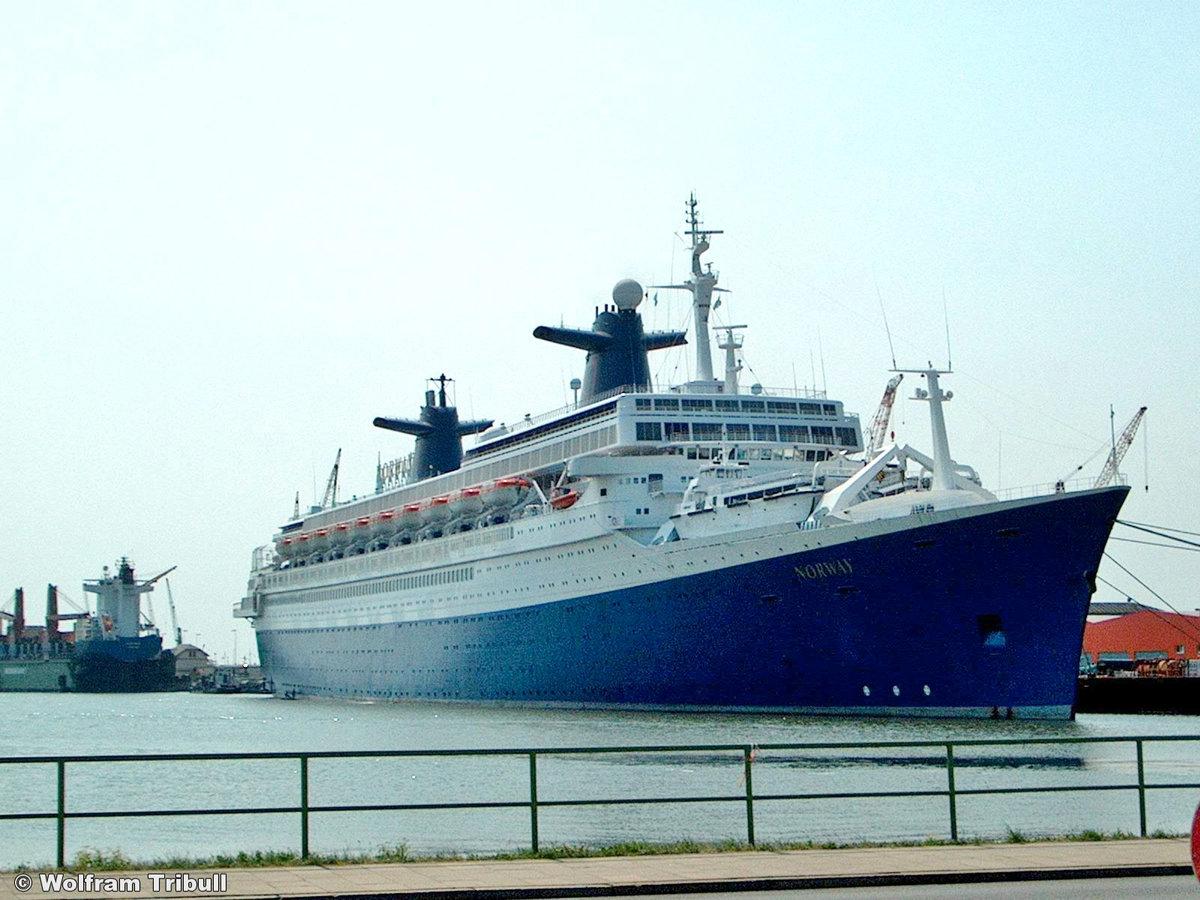 NORWAY aufgenommen am 09. August 2003 im Hafen von Bremerhaven
