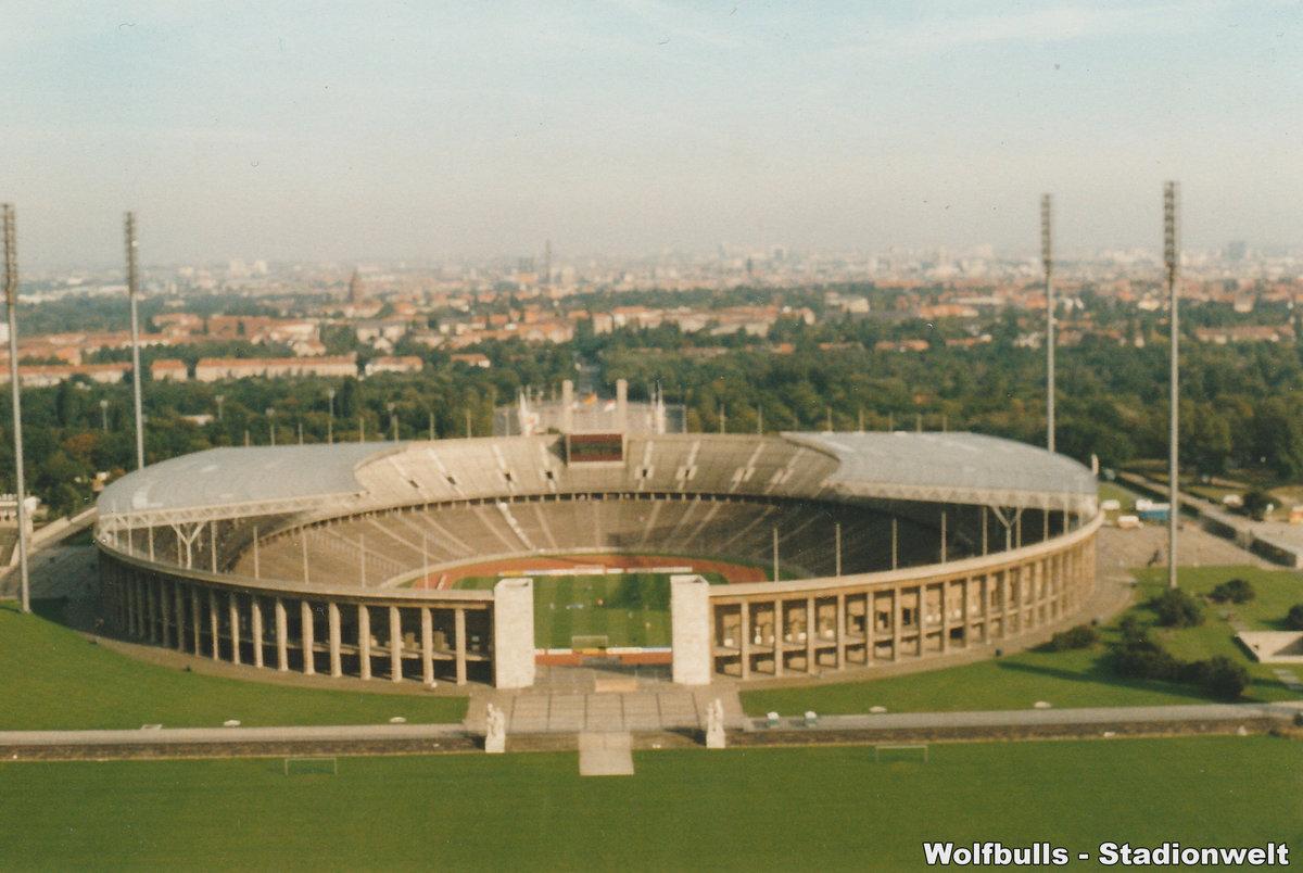 Olympiastadion Berlin aufgenommen am 05. Oktober 1991