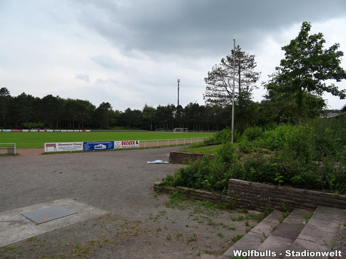 Sportplatz Geschwister-Scholl-Schule aufgenommen am 25. Juli 2020