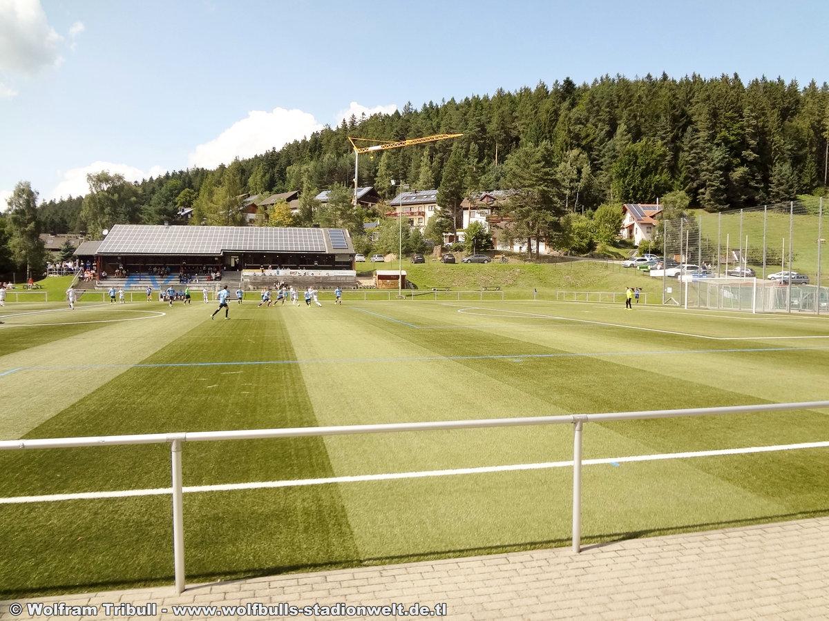 Sportplatz Tennenbronn aufgenommen am 20. August 2017