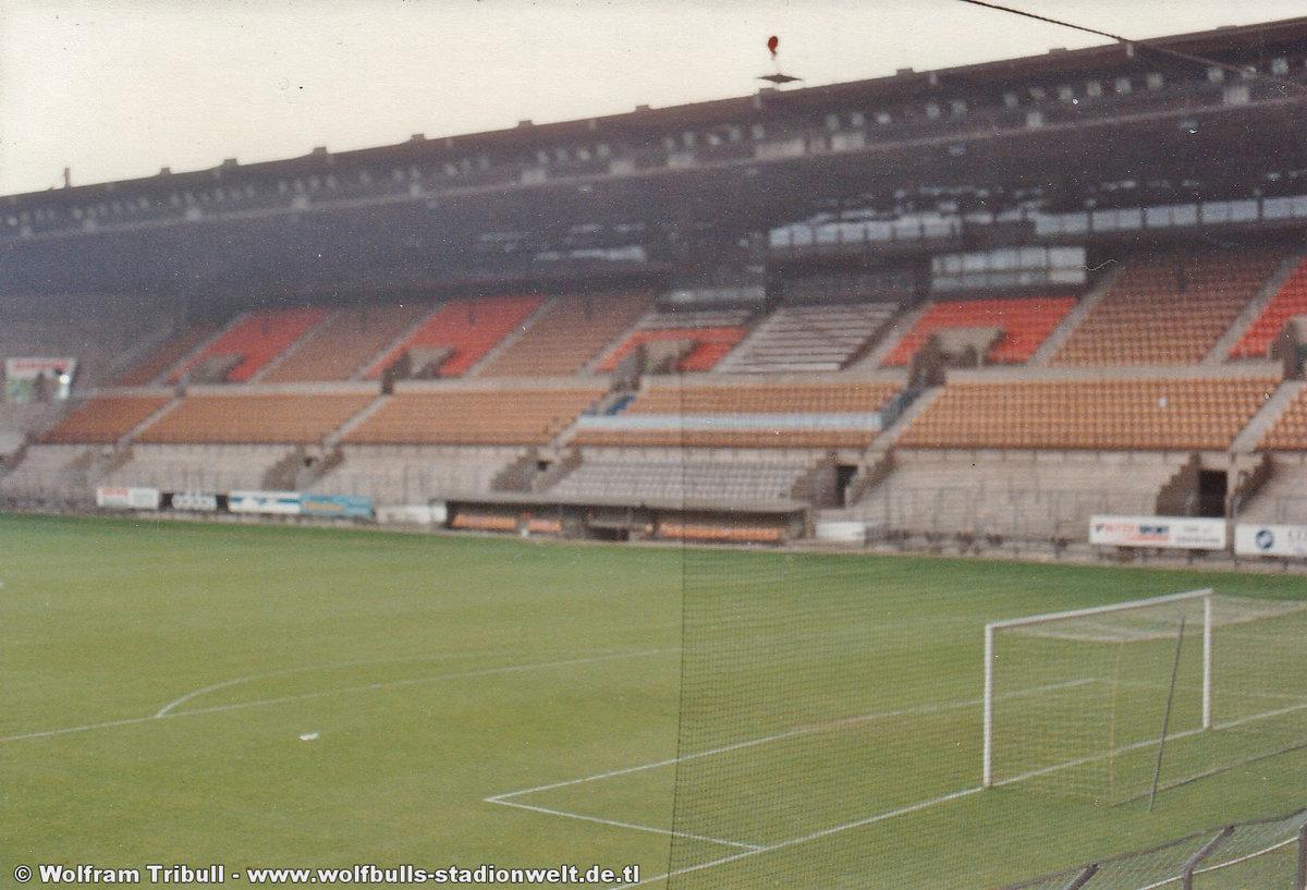 Stade de la Meinau Strasbourg aufgenommen im Juni 1994